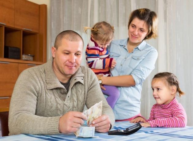 Mengatur Keuangan Keluarga Ternyata Mudah!