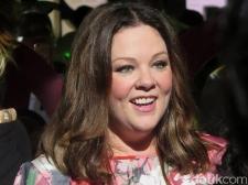 Ngefans Sejak Lama, Melissa McCarthy Antusias Terlibat di 'Ghostbusters'