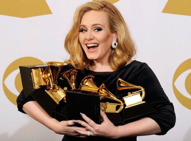 Adele Raih Penjualan Album Terlaris Inggris Lewat Album 21