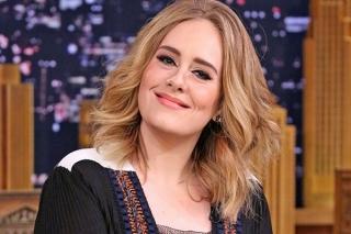 Adele Menang Besar di BBC Awards