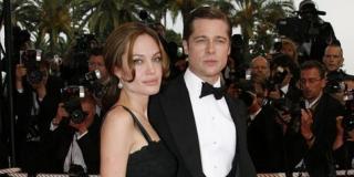 Ajak Anak Shopping, Keluarga Angelina Jolie & Brad Pitt Hangat