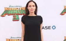 Angelina Jolie Jadi Dosen Tamu di London School of Economics