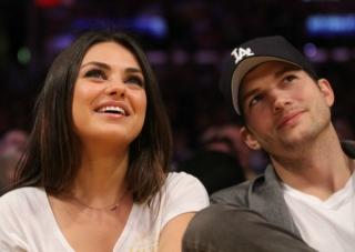 Saling Benci, Teman Heran Ashton Kutcher & Mila Kunis Pacaran