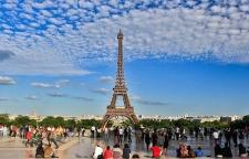 Asia Turis Terbanyak ke Prancis