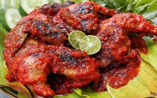 Ayam Bakar Bumbu Siram, Cocok Untuk Makan Siang