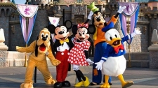Belum Dibuka, Shanghai Disneyland Ramai Ribuan Turis