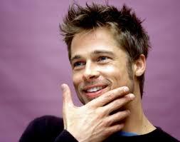 Brad Pitt Berhenti Mandi Menggunakan Sabun