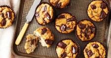 Camilan Lezat Muffin Kelapa Pisang Cokelat