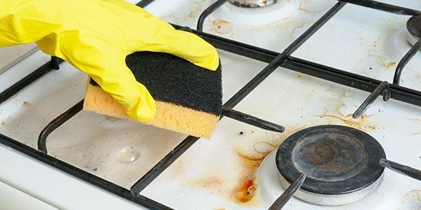Cara Membersihkan Kompor Gas dari Minyak dan Lemak