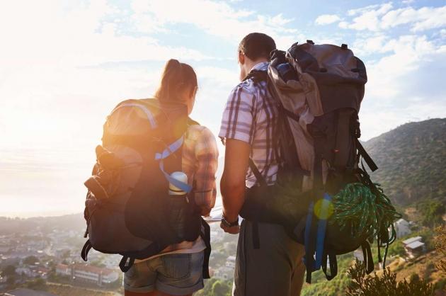 Traveling Berdua Pasangan Penting Untuk Hubungan?