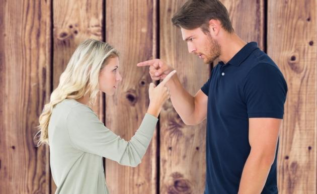 Curiga Pasangan Anda Selingkuh? Ini Tandanya