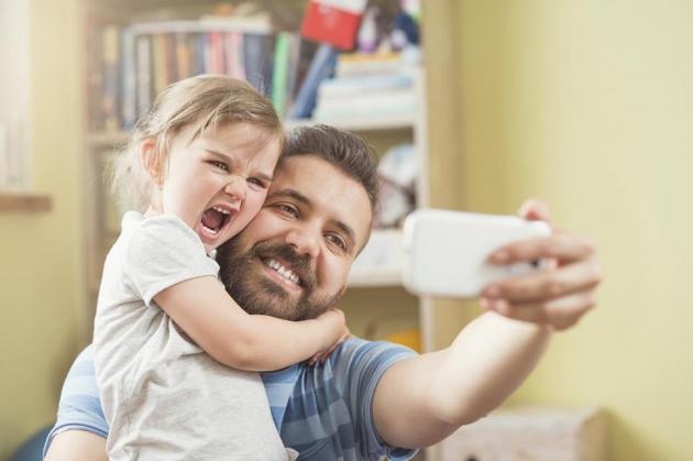 Ini Hal Yang Perlu Diajarkan Ayah Pada Putrinya