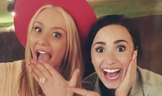 Iggy Azalea Akan Menikah, Demi Lovato Dipilih Menjadi Pengiring Pengantin