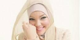 Puasa Nyaman, Kenakan Jilbab Pasmina Model Simpel