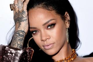Album Terbaru Rihanna Dirilis Minggu Ini