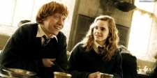 Emma Watson dan Rupert Ketemu Pemeran Hermione - Ron Versi Dewasa