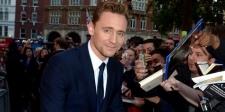 Fans Taylor Swift Ini Menangis Saat Bertemu Tom Hiddleston