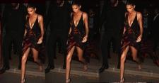 Seksinya Kendall Jenner Pakai Gaun Vercase