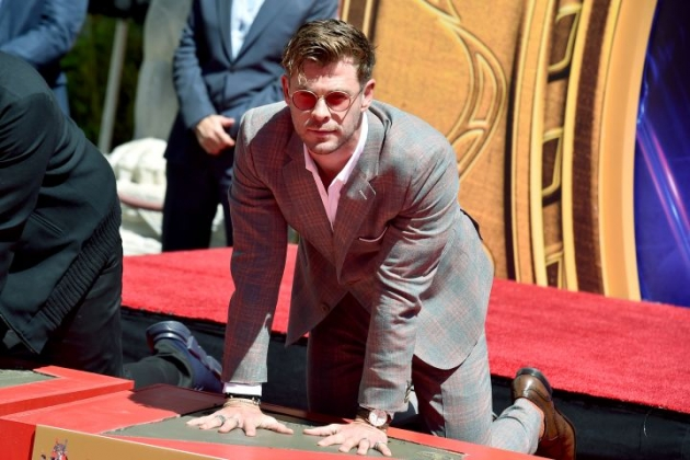 Chris Hemsworth Abadi Di Hollywood Walk Of Fame