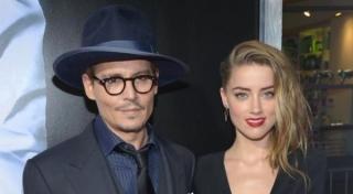 Mantan Teman Kumpul Kebo Hadiri Pesta Pertunangan Johnny Depp