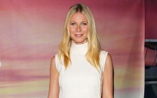 Gwyneth Paltrow Wariskan Gaun Kesayangan pada Anak