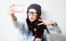 Hati-Hati, Selfie Bisa Sebabkan Penuaan pada Kulit?
