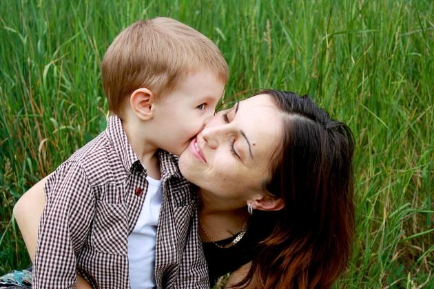 Cara Melatih Anak Laki-laki Menghargai Wanita