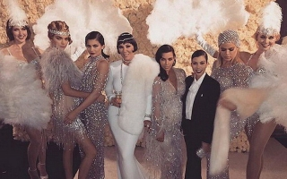 Kris Jenner Ulang Tahun, Keluarga Kardashian-Jenner Dandan ala Great Gasby