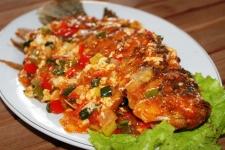 Ikan Goreng Saus Tomat