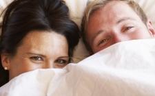 Ingin Suami Makin Hot, Bikin Dia Merasa Seksi