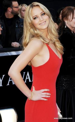 Jennifer Lawrence Malu Dipergoki Punya Banyak Sex Toys
