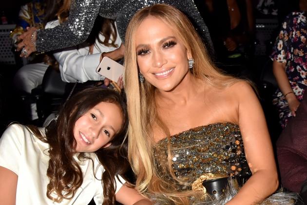 Suara Emas Anak Jennifer Lopez Dipuji Selebriti