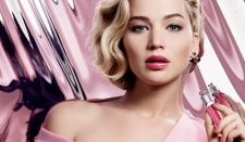 Cantiknya Jennifer Lawrence Jadi Model Dior