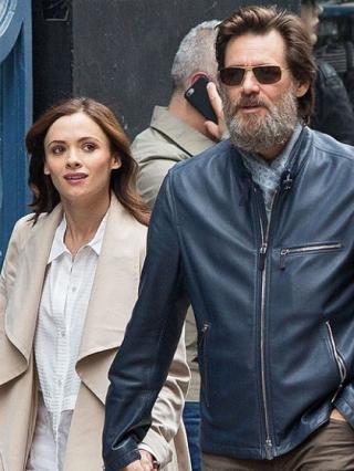Jim Carrey Shock dan Sangat Sedih Kekasihnya Tewas Bunuh Diri