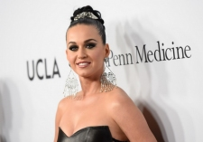 Katy Perry Tinggalkan Pesan Misterius untuk Orlando Bloom