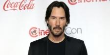 Kisah Menyentuh Keanu Reeves Bantu Remaja Jalanan Kembali Pulang
