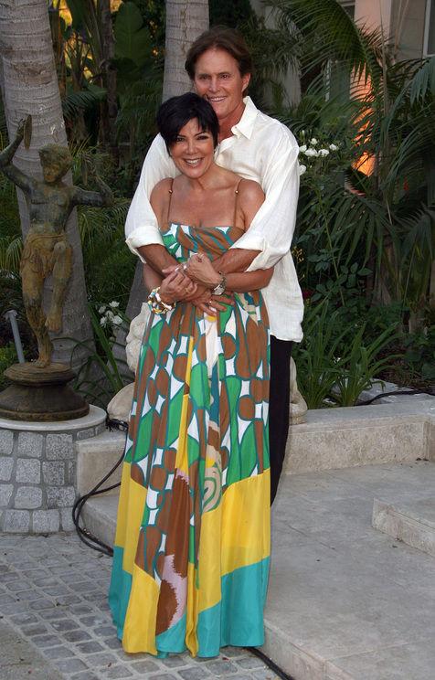 Bruce dan Kris Jenner Cerai Karena Keluarga Kardashian?