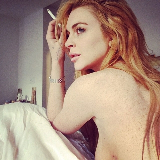Laptop Hilang, Lindsay Lohan Takut Foto Bugilnya Tersebar