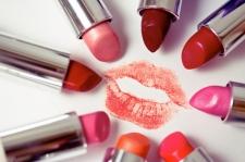 Warna Lipstik Sesuai Dengan Zodiak