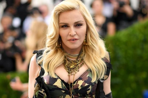 Madonna Di Bully Netizen, Gara-Gara Operasi Plastik?