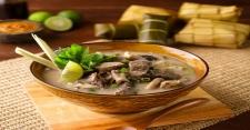 Makan Siang dengan Sop Konro Khas Makassar