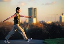 Manfaat Berjalan Kaki 10 Menit Setiap Hari