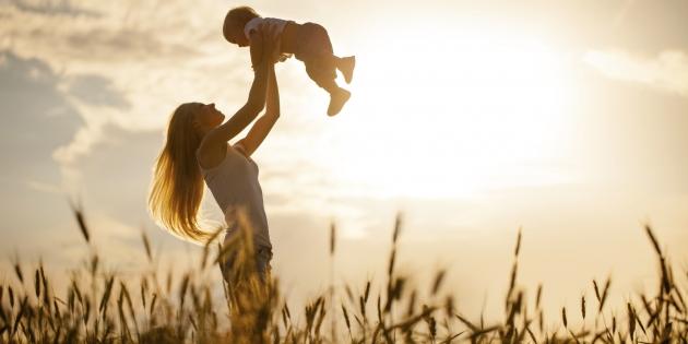 Kapan Anda Harus Berhenti Telanjang di Depan Anak?