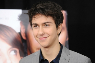 Nat Wolff Tinggal Selangkah Main di 'DEATH NOTE' Versi Hollywood