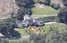 Neverland Michael Jackson Kini Menjadi Rumah Hantu