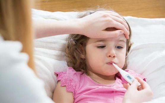 Cara Mengatasi Anak Rewel Karena Demam