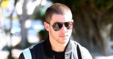 Nick Jonas Ungkap Hubungan dengan Miley Cyrus