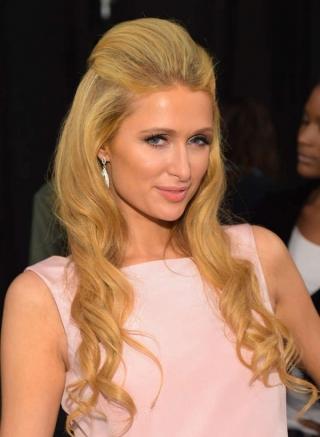 4 Bulan Pacaran, Paris Hilton Akhirnya Siap Menikah?