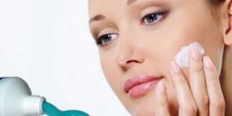Pasta Gigi Ampuh Hilangkan Jerawat