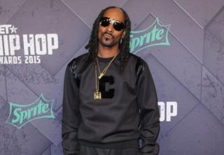 Snoop Dogg Bagikan 1.500 Kalkun untuk Thanksgiving
